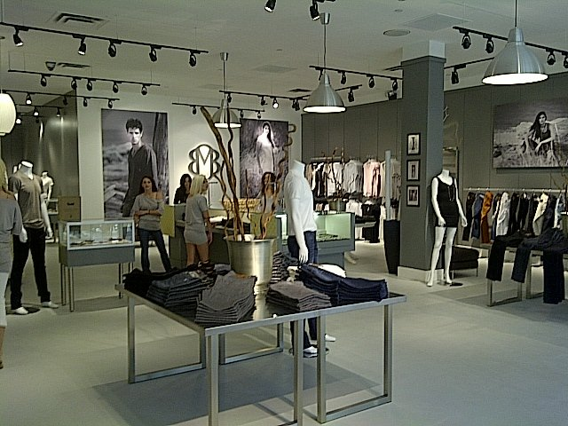 New store in Scottsdale's Fashion Square